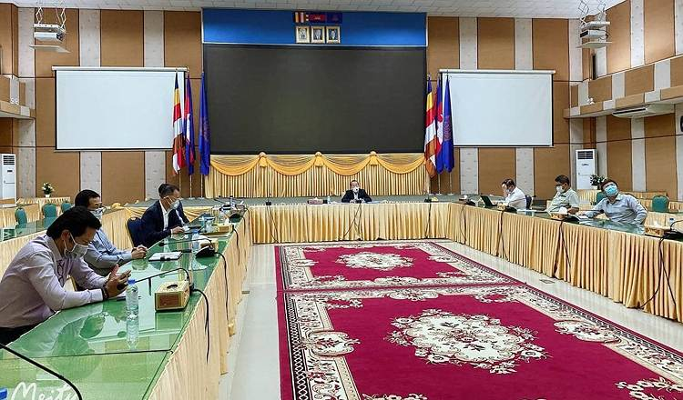 Cambodia reviews trading policy and strategy